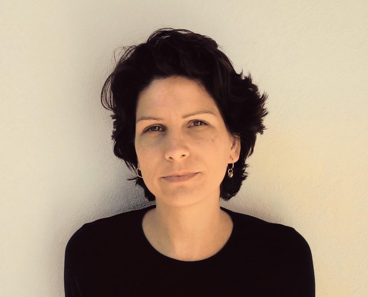 Maíra Bueno é antropóloga, pesquisadora e criadora do Projeto Alimento